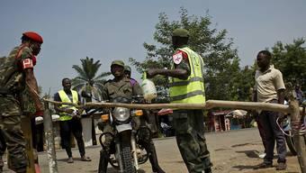 Im Kongo sind trotz zahlreicher Massnahmen bereits rund 500 Personen an Ebola verstorben. (Archivbild)