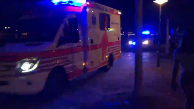 Grosseinsatz der Polizei an Zürcher Seepromenade: Vermummte bewerfen Polizei mit Steinen und Flaschen