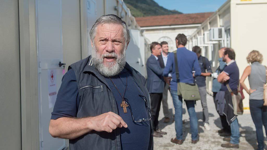 Die im September eingerichtete Containerunterkunft für Flüchtlinge in Como könnte schnell an ihre Kapazitätsgrenzen stossen. Verantwortliche wie der Caritas-Direktor Roberto Bernasconi denken bereits über spezielle Strukturen für Minderjährige nach.
