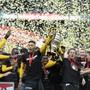 Noch können Fussballvereine nicht jubeln: In der Herbstsession wird das Parlament über die Kreditbedingungen für die Profivereine entscheiden.