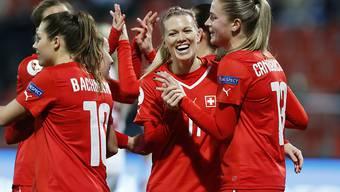 Das Schweizer Frauen-Nationalteam feiert beim 3:0-Sieg in Georgien bereits den siebten Vollerfolg in der laufenden EM-Qualifikations-Kampagne