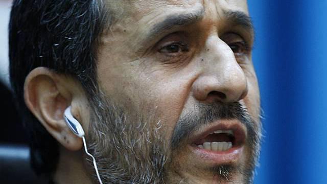 Ahmadinedschad attakiert Israel scharf