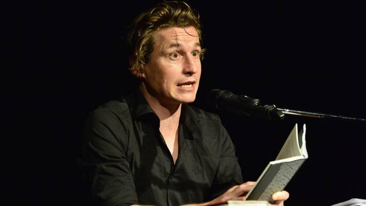 Arno Camenisch, Shooting-Star der Schweizer Literaturszene