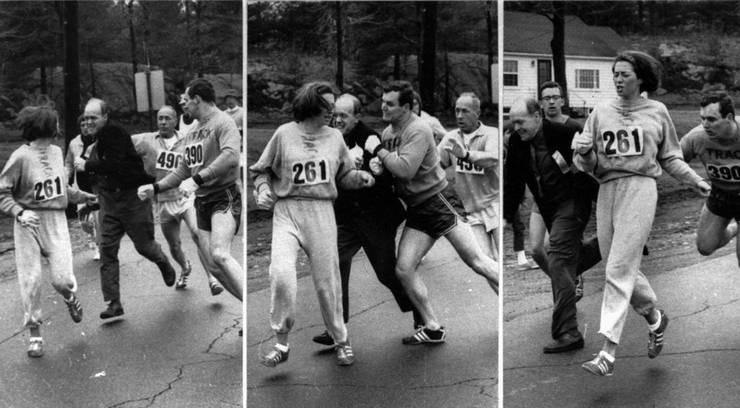 1967 nahm mit Kathrine Switzer (Startnummer 261) erstmals eine Frau am Boston-Marathon teil, was der Renndirektor persönlich verhindern wollte.