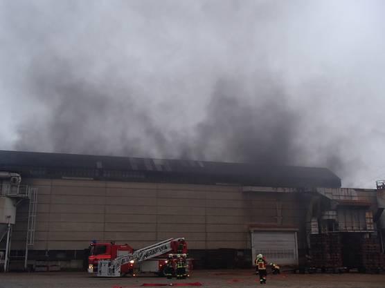 Vom Brand betroffen war die Firma Ferrum AG an der Industriestrasse in Schafisheim