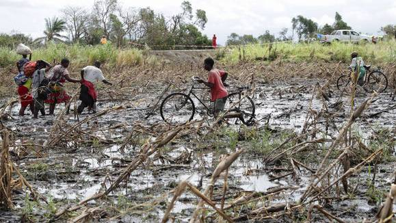 Extreme Wettersituationen wie der Zyklon in Mosambik werden vom Klimawandel noch verstärkt.