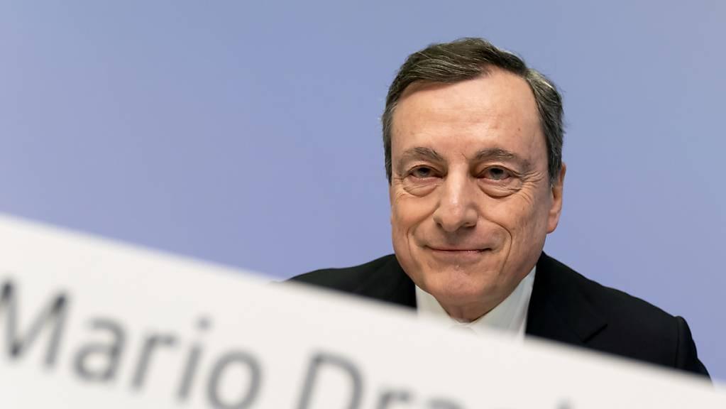 EZB-Chef Mario Draghi verkündet zum vorletzten Mal den Zinsentscheid der Europäischen Zentralbank. (Archiv)