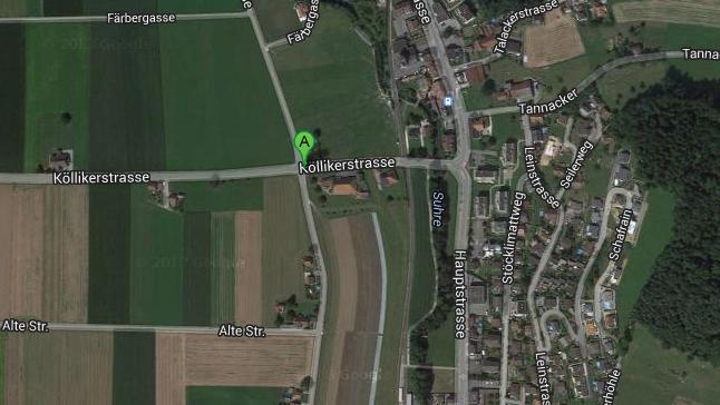 Zum Unfall kam es an der Kreuzung von Köllikerstrasse und Färbergasse.