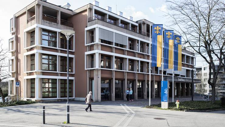 Die Beratungsstelle Pflege und Alter befindet sich im Stadthaus Schlieren. (Archiv)