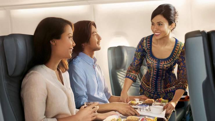 Ihr reist in der Singapore Airlines Premium Economy Class