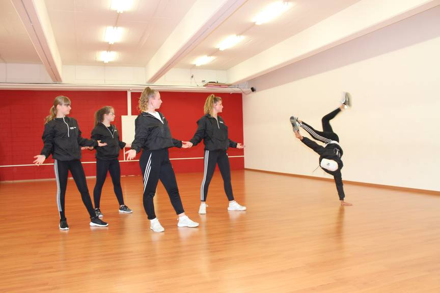 Volle Konzentration beim Tanzen. (Bild: FM1Today/Krisztina Scherrer)
