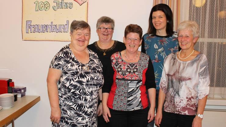 von links: Gaby Weiss (Präsidentin), Maria Obrist, Caroline Schraner, Jasmin Meier, Erika Schraner.