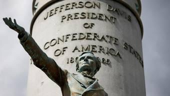 Kleiner Mann mit umstrittener Wirkung: Die Statue von Konföderations-Präsident Jefferson Davis in Richmond.