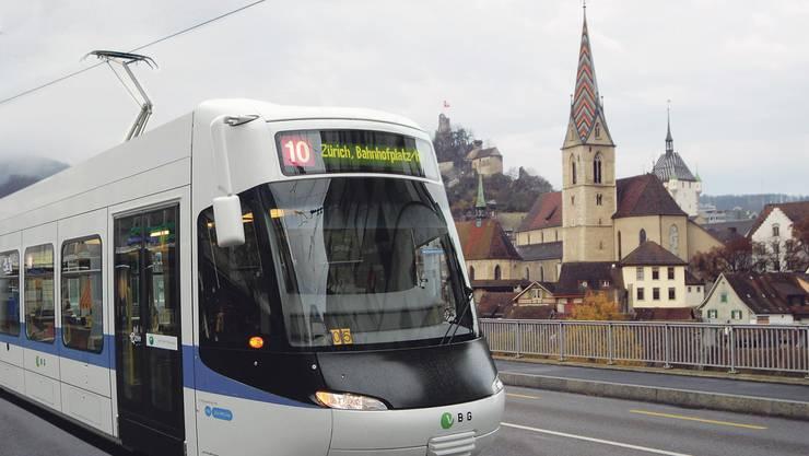 Das Vorhaben, die Bahn über die Hochbrücke nach Baden zu verlängern, wird konkreter. Bild: asp