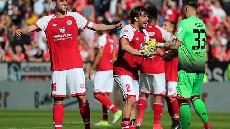Nun ist es definitiv: Die Spieler des FSV Mainz werden in der neuen Saison von Sandro Schwarz betreut