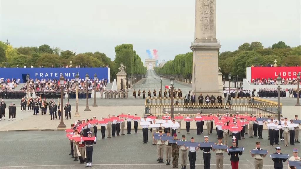Frankreich würdigt Pflegekräfte am Nationalfeiertag