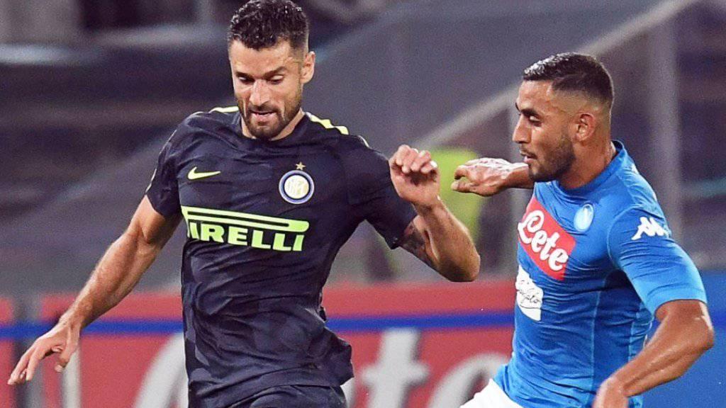 Faouzi Ghoulam (rechts) steht Napoli längere Zeit nicht zur Verfügung