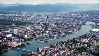 Luftbild vom Dreiland: Nun sind die beiden wichtigsten südelsässischen Partner Basels in kurzem Zeitraum gestorben. (Archivbild)