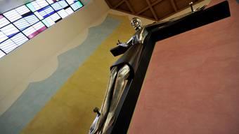 Der umstrittene ehemalige Pfarrer-Kandidat wird in Riehen auch nicht mehr als Seelsorger tätig sein.