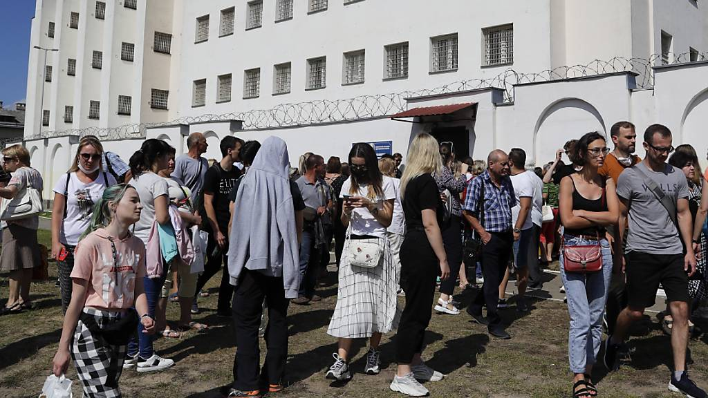 Tausende Menschen bei Protesten in Belarus festgenommen