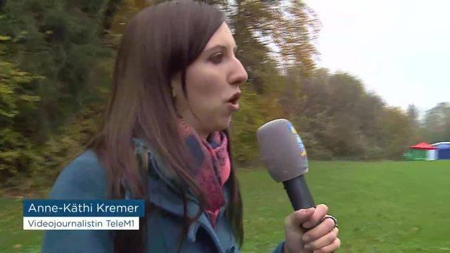 Postautounfall Vorort Polizei Interview
