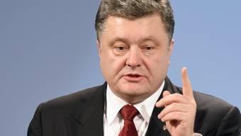 Der abgewählte ukrainische Präsident Petro Poroschenko tritt als Spitzenkandidat seiner Partei Europäische Solidarität bei der Parlamentswahl Mitte Juli an. (Archivbild)