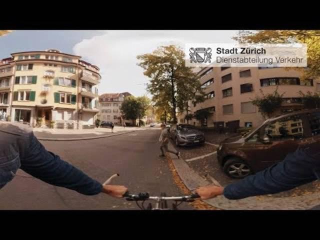 Virtual Reality im Verkehrsunterricht: Fussgänger quert