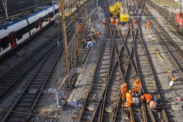 Die SBB hofften, dass ab Samstag 1.12.17 wieder Normalbetrieb im Basler Bahnhof SBB herrscht.