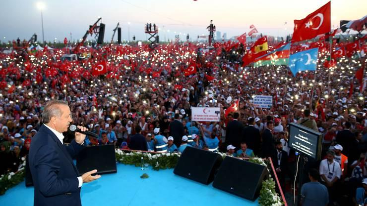 Grosskundgebung von Erdogan in Istanbul (9)