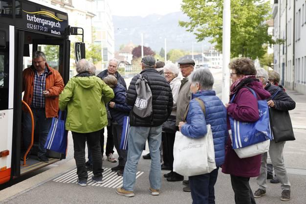 praktische Übung im Bus