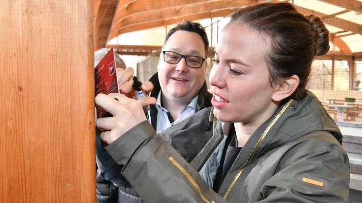 Auch Präsident Marc Thommen nutzt die Chance und ergattert sich ein Autogramm der Olympiasiegerin