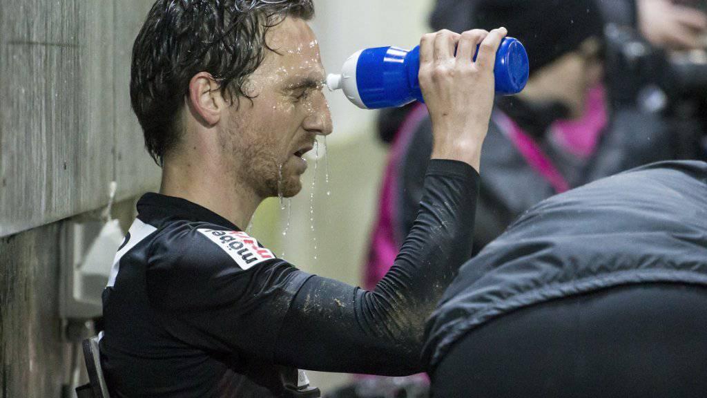 Aaraus Captain Sandro Burki nach seiner verletzungsbedingten Auswechslung im Cup-Viertelfinal gegen Luzern