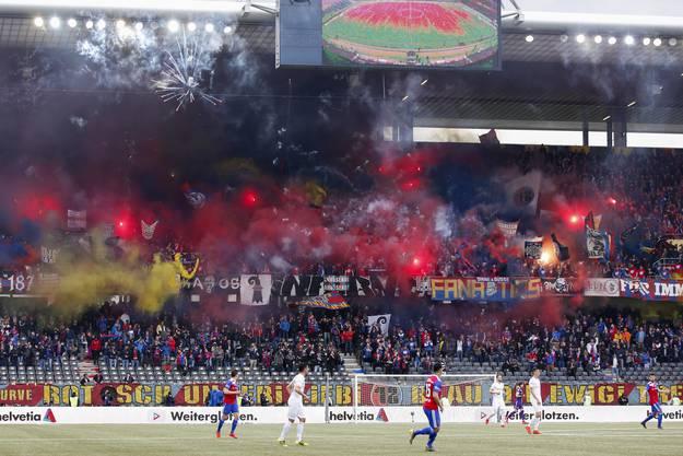 Viele FCB-Fans kamen schon vor Corona immer seltener ins Stadion.