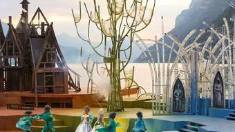 """Die zauberhafte Inszenierung von """"Die Schöne und das Biest"""" vor der atemberaubenden Kulisse des Walensees lassen die Herzen von Musical-Fans höher schlagen."""