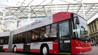 Ein Winterthurer Busfahrer kollidierte im November 2014 mit einer Limousine. (Symbolbild)