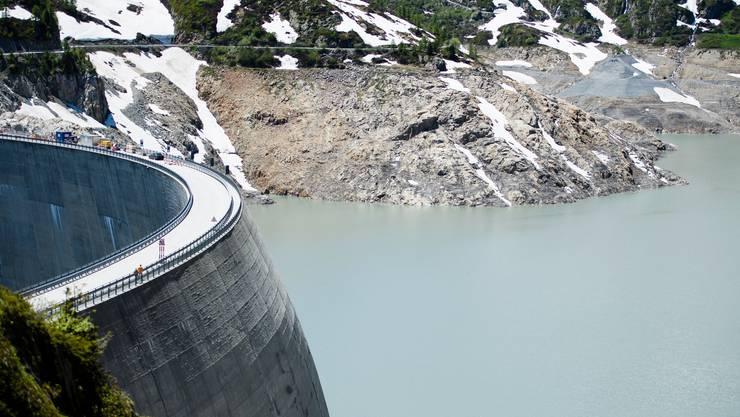 Der Emosson-Stausee im Wallis wurde ursprünglich gebaut, um die SBB mit Strom zu versorgen.