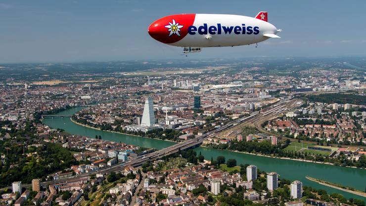 Die Airline Edelweiss feiert ihr 20-Jahr-Jubiläum. Sie bietet auch Rundflüge mit einem Zeppelin über Basel und die Region an.