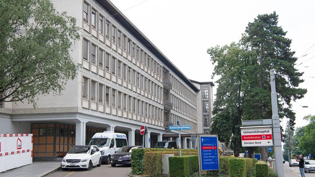 Corona-Leugner wollten in Notfallstation von Zürcher Unispital eindringen