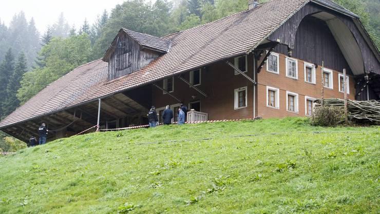 Der Enzihof ob Luthern im Luzerner Hinterland: Hier kam es zum tödlichen Bauerndram. Ein 60-Jähriger erschoss im Stall seine Schwägerin.