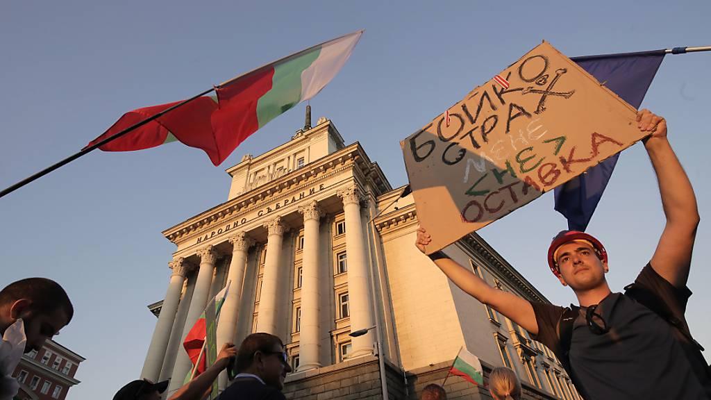 Proteste gegen Regierung in Sofia – Zeltlager blockieren Strassen