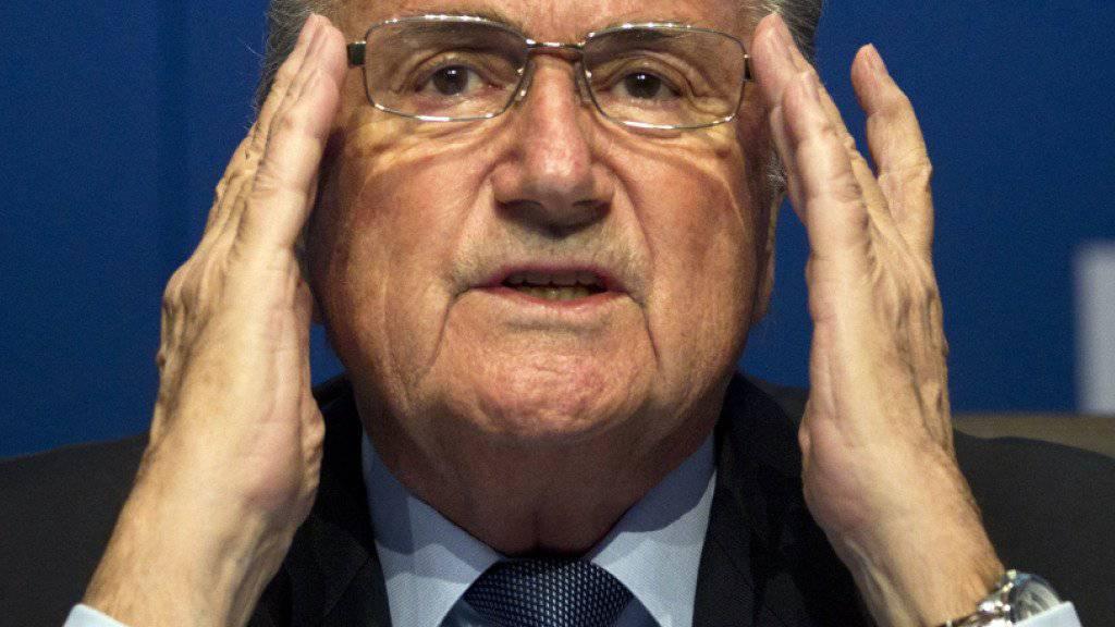 Der suspendierte FIFA-Präsident Sepp Blatter hat am Dienstagvormittag vor der FIFA-Rekurskommission in Zürich ausgesagt