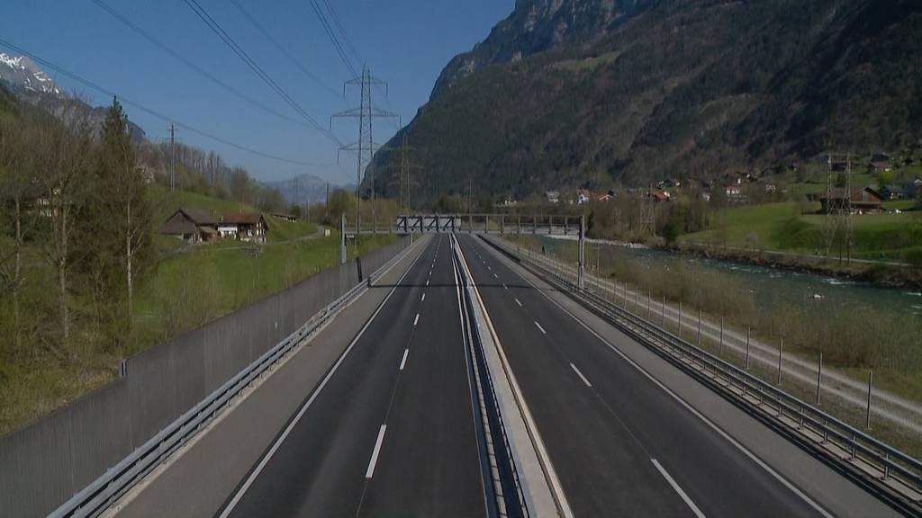 Gähnende Leere statt Blechlawine am Gotthard