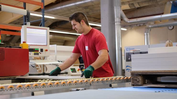 Buromobel Hersteller Investiert Zwei Millionen In Aargauer Standort