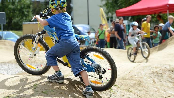 Der Bikepark in Therwil wurde am Samstag eröffnet.