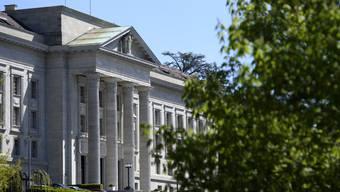 Vom Bezirksgebäude am Dietiker Bahnhofsplatz zum Bundesgericht beim Parc Mon-Repos in Lausanne: Die Statthalter-Affäre zieht weite Kreise.