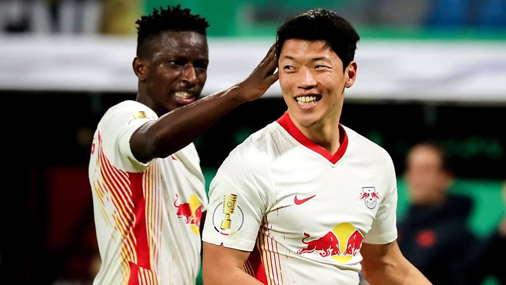 Leipzigs Torschütze Hwang Hee-Chan (rechts) konnte sich freuen