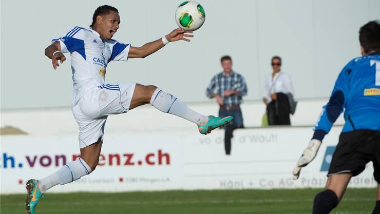 Stürmer Samuel Zayas (l.) erzielte mit einem platzierten Schuss die frühe Führung für den FC Grenchen. Bieri/Archiv
