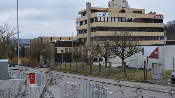 Die CCL Label AG und Tesa Schweiz verlassen die Liegenschaft an der Industriestrasse 19, die sie 1984 eröffnet hatten.
