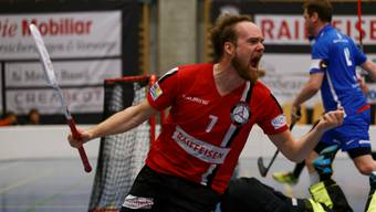 Emotionen pur: Der Spieler von Basel Regio, Jaakko Levola, freut sich über sein erzieltes Tor.