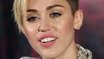Kalkuliert ihre Fettnäpfchen: Miley Cyrus (Archiv)